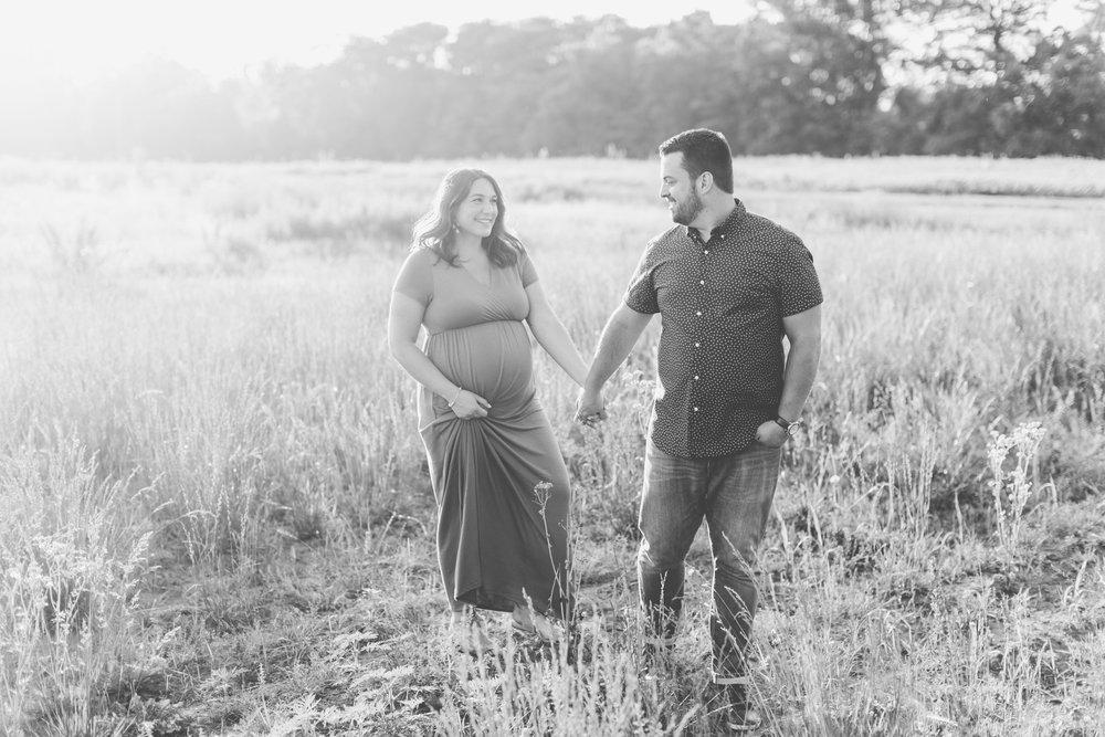 Leila + Sean  Maternity-0285.jpg