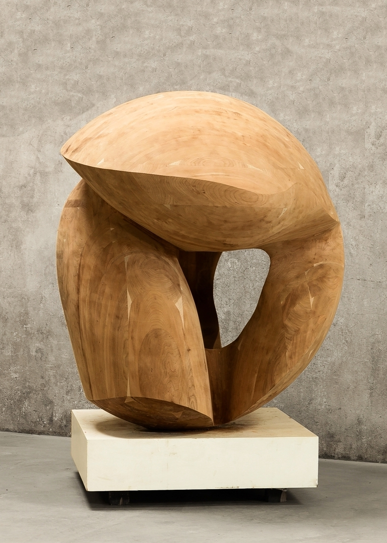 "Venus | 2015 | Wood | 63"" diameter"