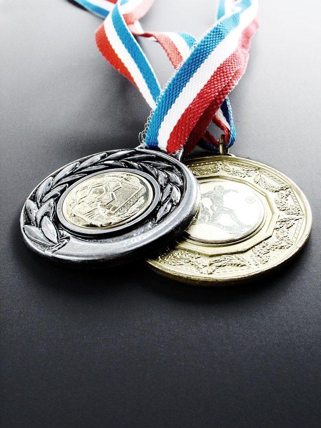 medals-1512513-639x852.jpg