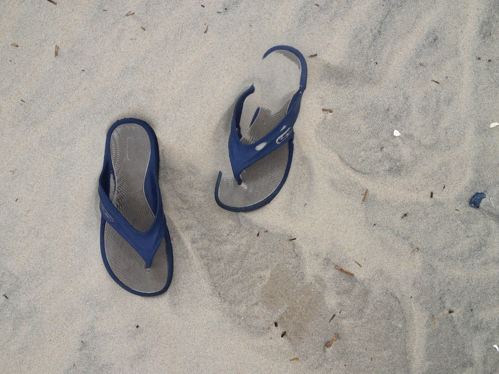 sandals in the sand_1M.jpg