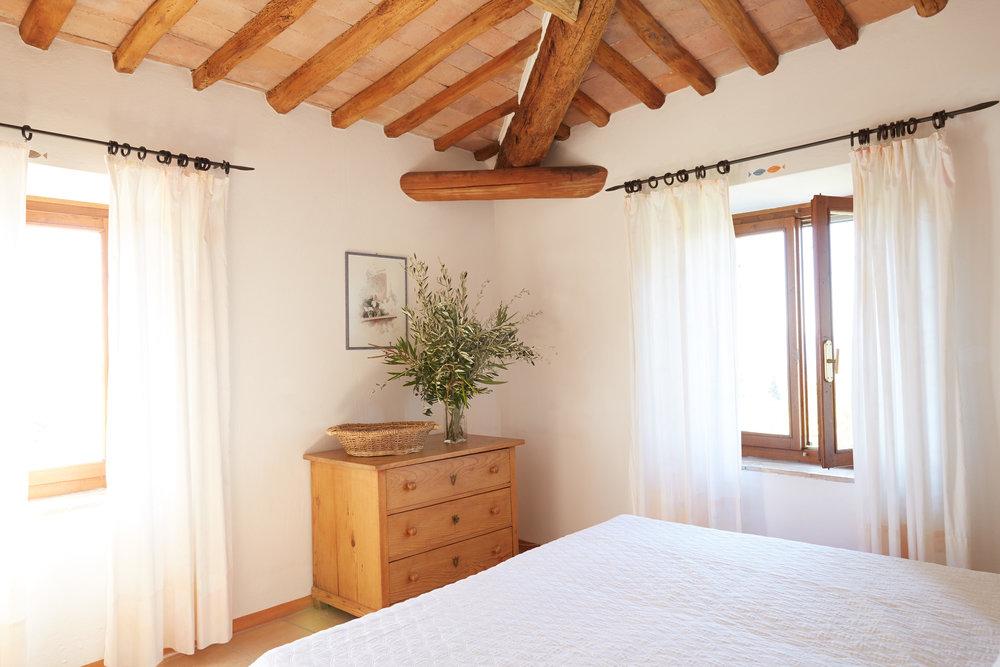 Die stimmungsvolle Wohnung mit wunderschöner Aussicht, für 2 Personen. Ab CHF 110.-/Tag (Nebensaison)