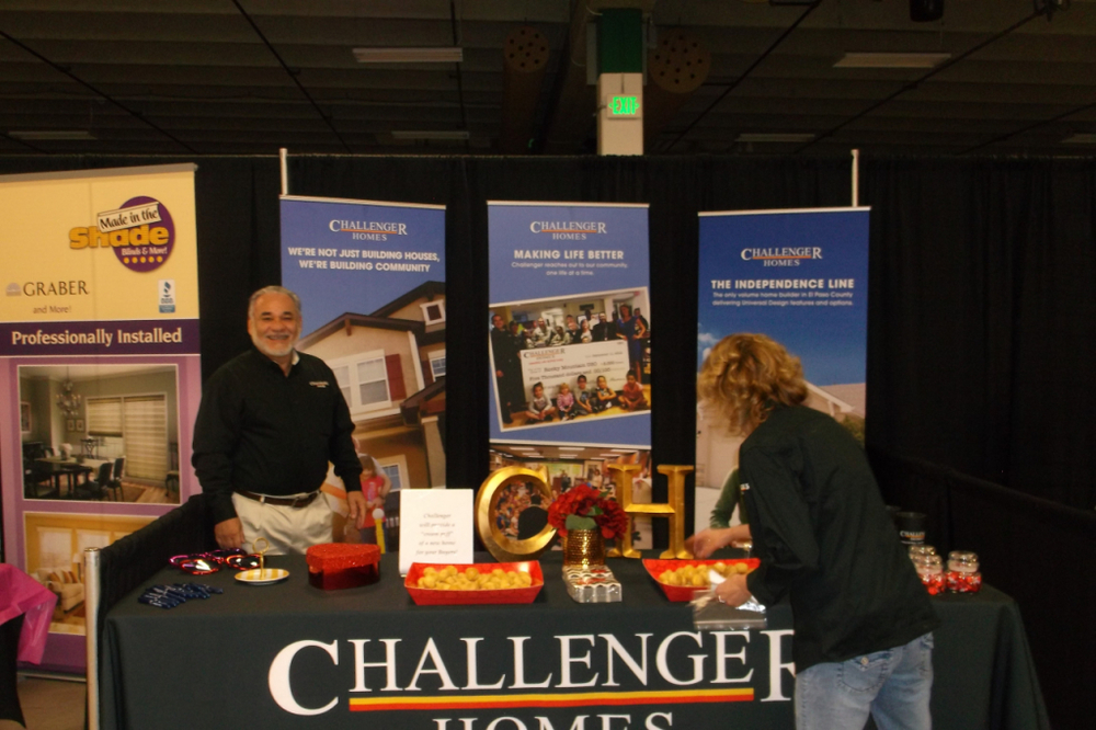 Builder breakfast Challenger 2015.JPG