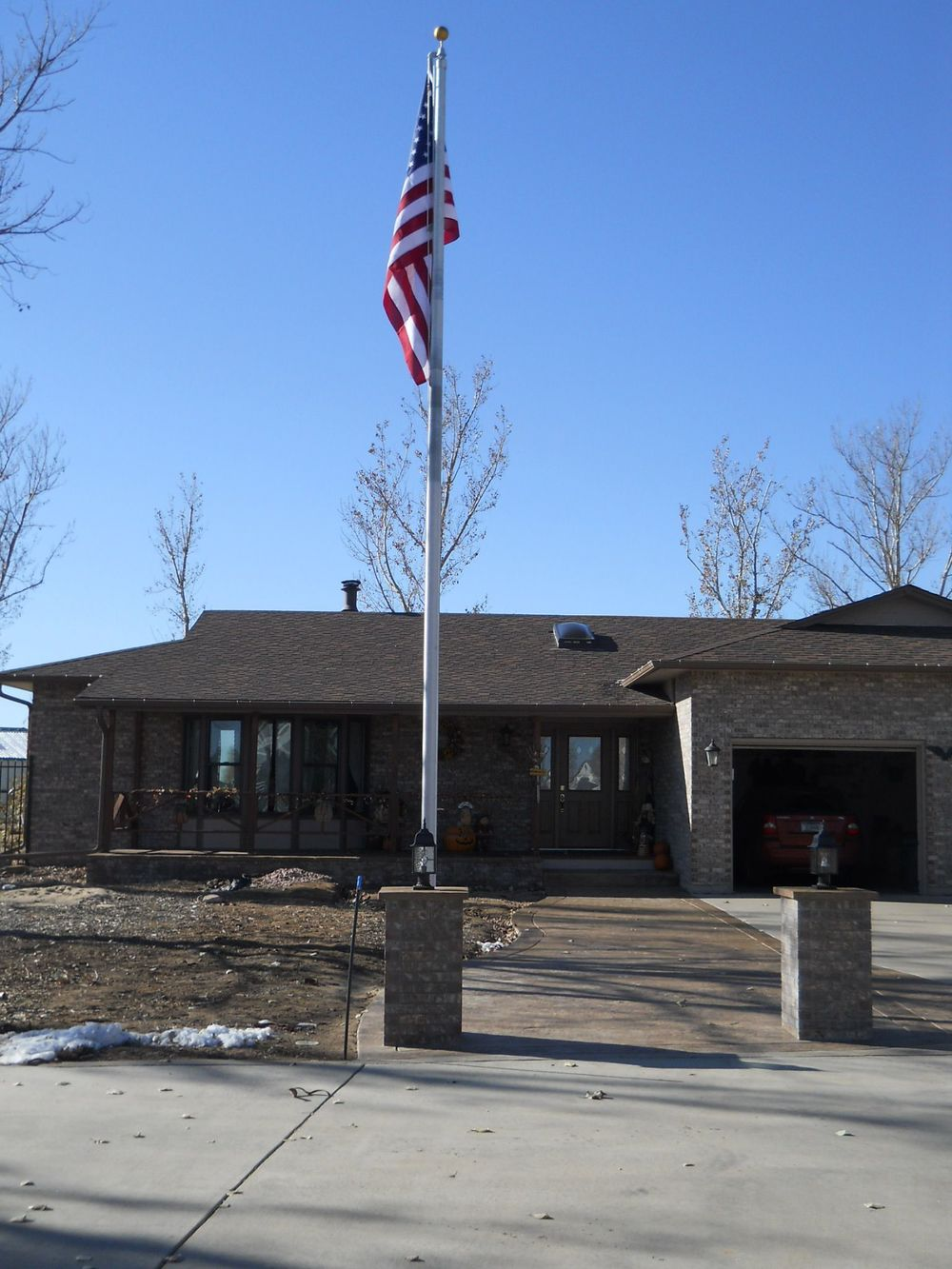 Residential In-ground flagpole