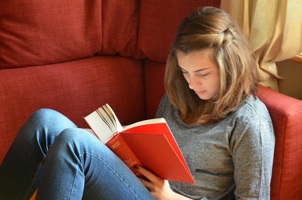 Teen Studying.jpg