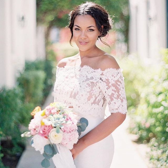 Real bride Blair in Heidi Elnora.  Photo via Spostso Photography