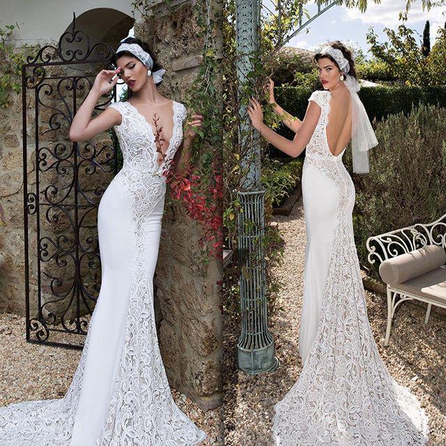 Gown: Berta