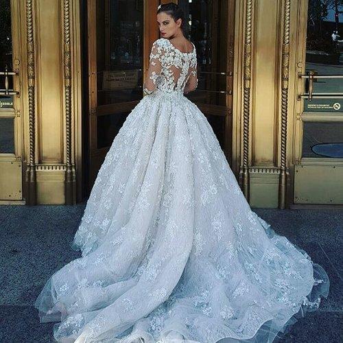 Mon Amie Bridal Salon — Stephen Yearick & Ysa Makino Trunk Show