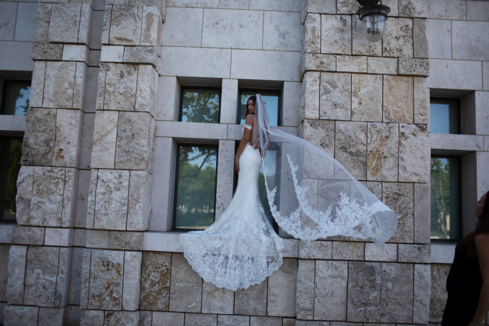 ERIN-COLE-BRIDAL-Diva-1024x683.png