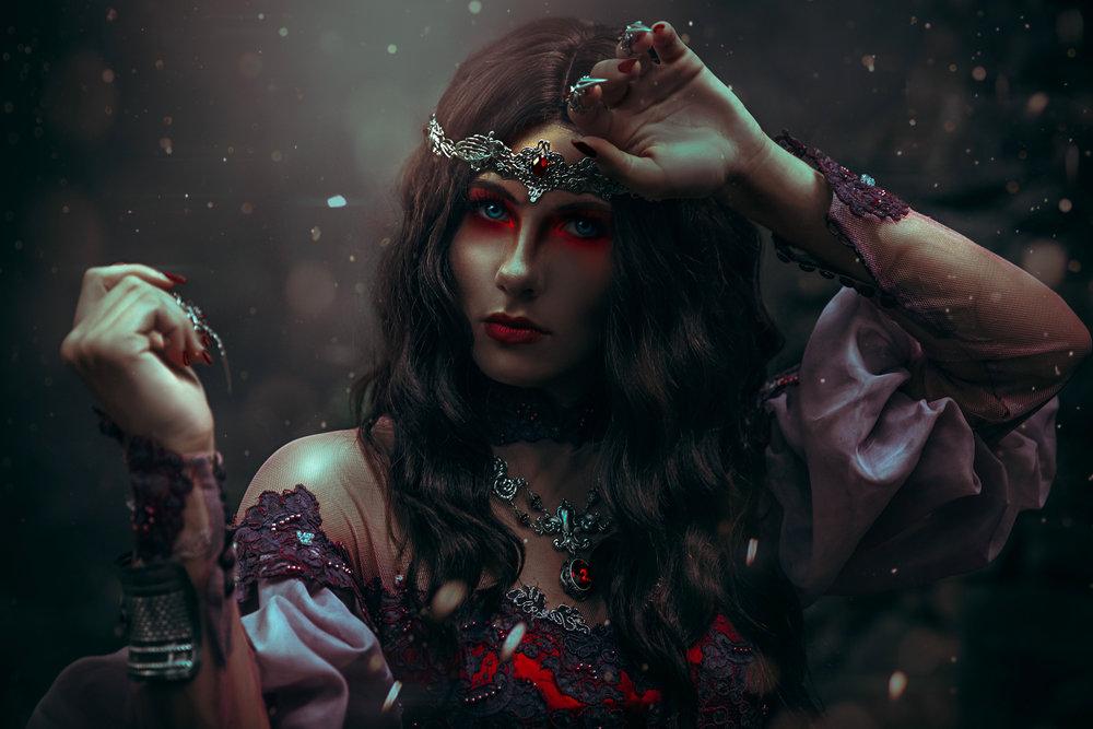 Red Queen-1.jpg