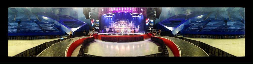 Huge stage setup with inner pit and circular stage in front of the main stage. Photo: Mick Jones