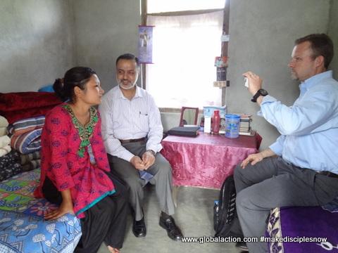Swapna shearing her testimony.JPG