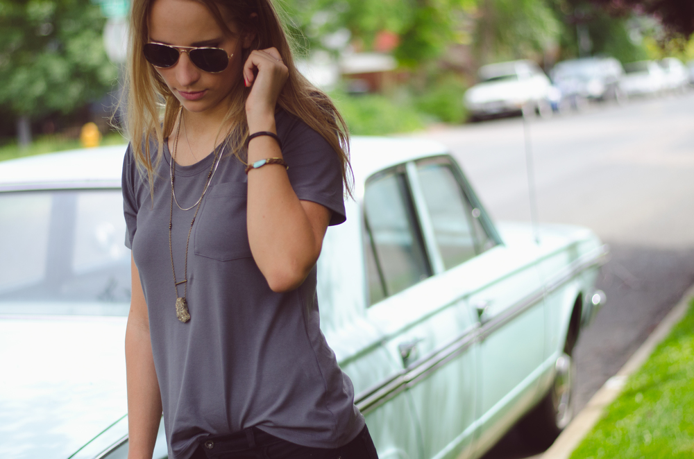 The Seamly.co basic tee in charcoal.