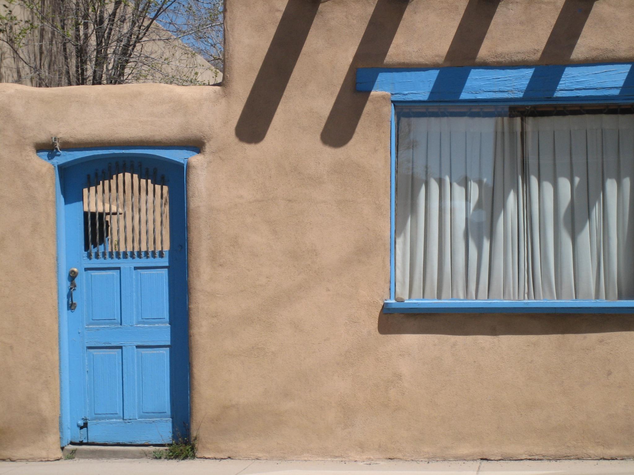 033107 Taos Inn
