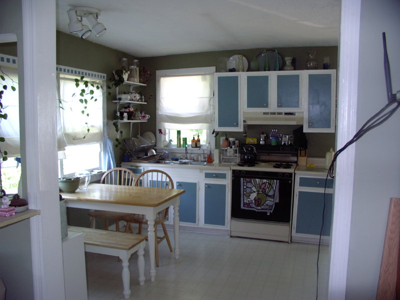 kitchen-02.jpg