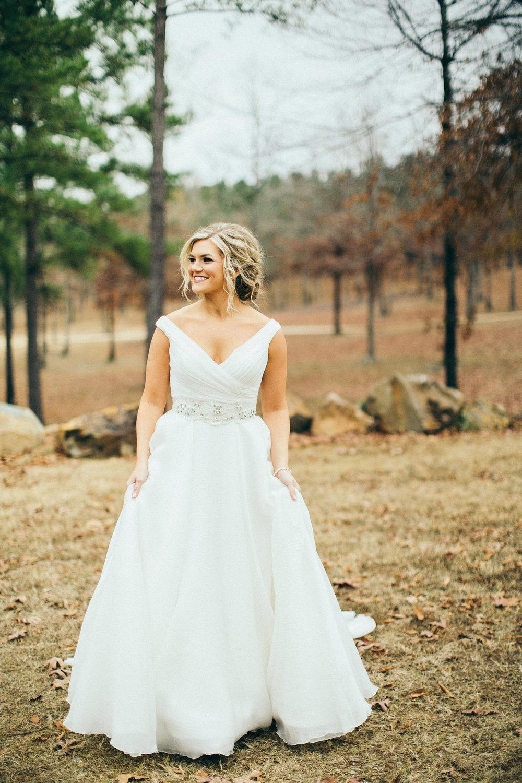 white wedding dress alabama fall wedding