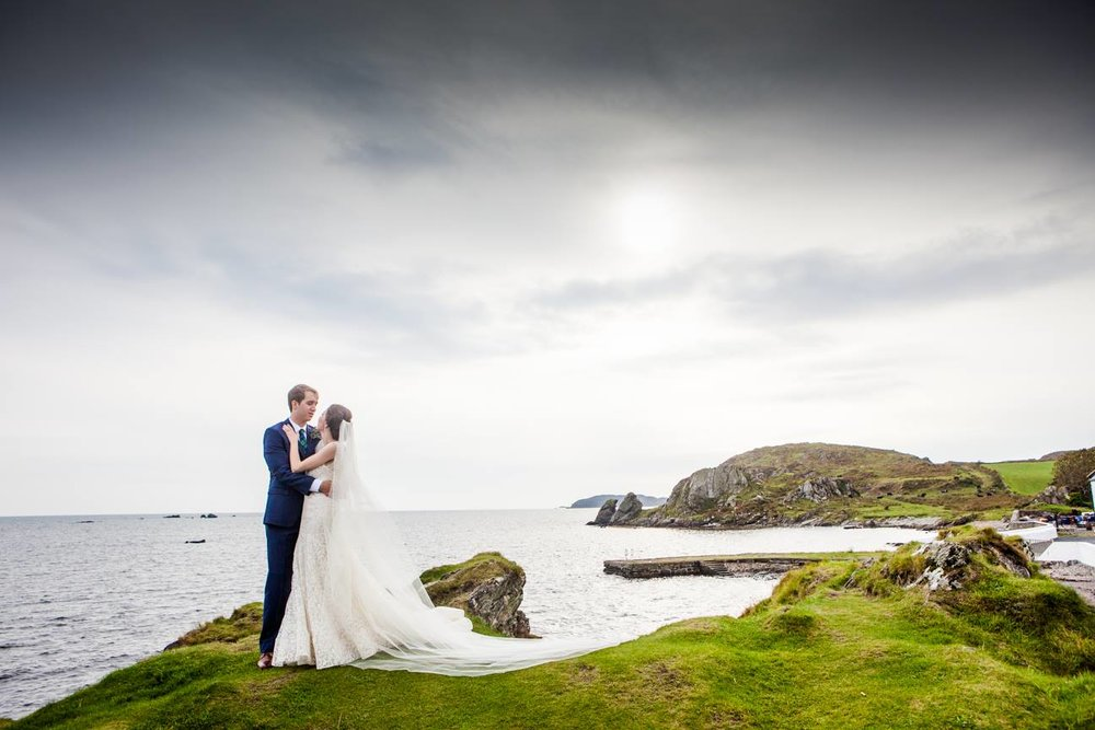 bride and groom in Ireland Isle of Islay
