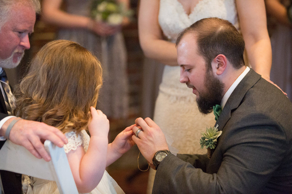 groom vows to daughter special moment