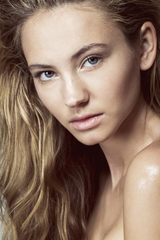 Lauren Maxey 2.jpg