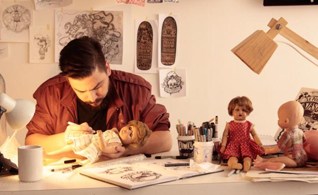 Kartess in his studio in Santiago, Chile