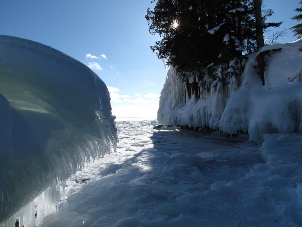winter-ice-lake-superior-mn-1.jpg