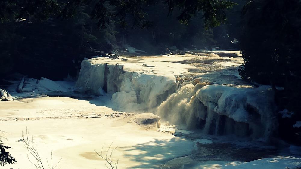 winter-waterfalls-michigan-forest-river.jpg
