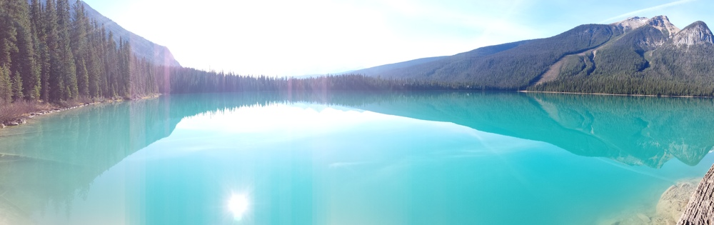 We decided to take the trail around the rest of the lake back to the parking lot. This picture was taken about 2pm with the sun positioned perfectly in the sky to illuminate the blue waters.