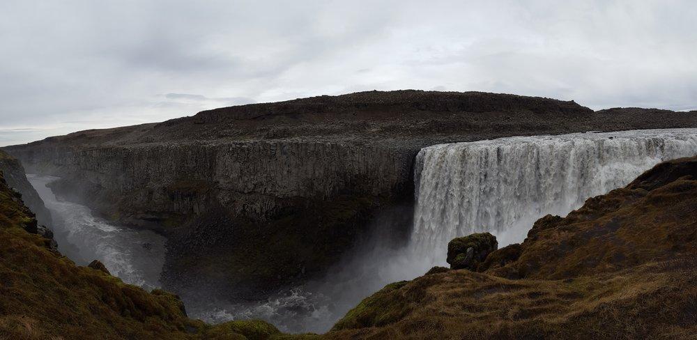 36 - biggest waterfall.jpg