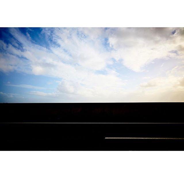 . . . . . . . . #straightlines #onthewayhome #minimalism #graphic #cloudporn #personal #canon #onesandzeroes #brisbaneairport #queensland #artphotography #streetphotography