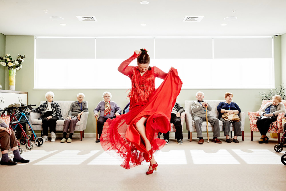 Pepa Molina at the Parque Habitacional Nursing Home, Rooty Hill, for the Blacktown Arts creative residency program.   Winner of the 2018 Australian Life Photographic Competition