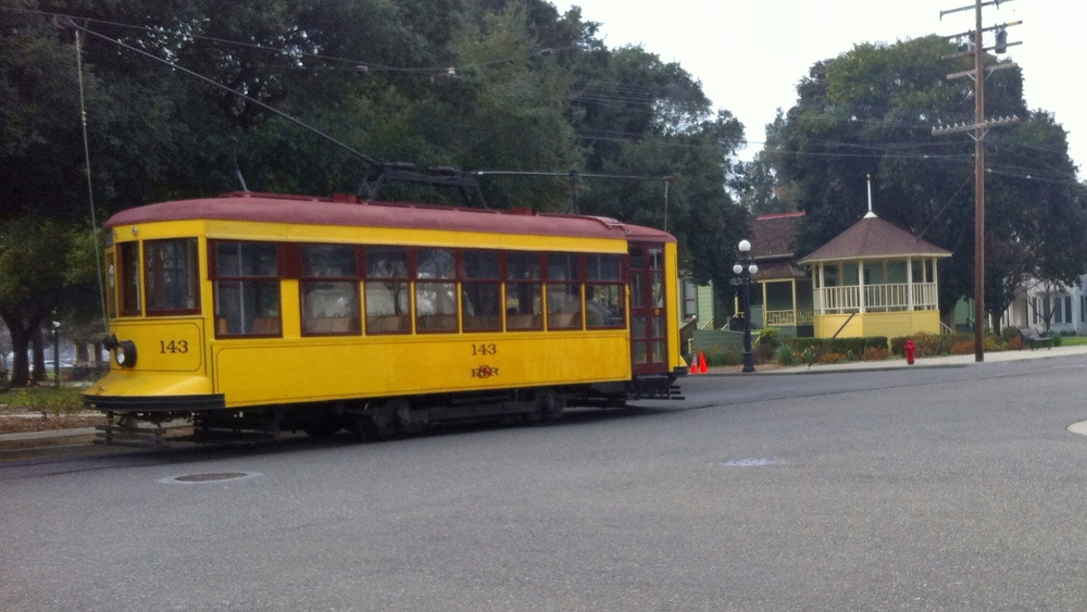 HistorySJ_trolleyByBandstand.jpg