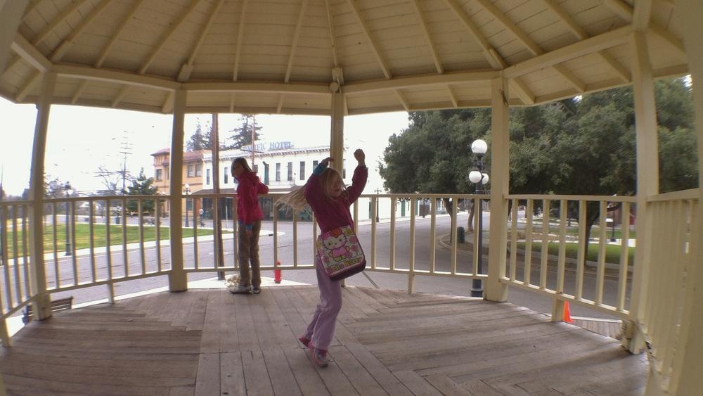 HistorySJ_bandstand.jpg