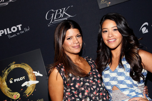 Actresses Andrea Navedo (L) and Golden Globe winner Gina Rodriguez attend the Pilot Pen and GBK Luxury Lounge honoring Golden Globe nominees and presenters held at the W Hollywood on January 10, 2015 in Hollywood, California. (Photo by Tommaso Boddi/Getty Images for GBK Productions)