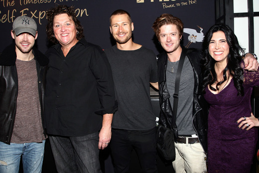 Actors Chord Overstreet, Dot-Marie Jones, Glen Powell, Director of Consumer Marketing for Pilot Pen Ariann Langsam and guest attend the Pilot Pen and GBK Luxury Lounge honoring Golden Globe nominees and presenters held at the W Hollywood on January 10, 2015 in Hollywood, California. (Photo by Tommaso Boddi/Getty Images for GBK Productions)