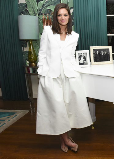 Katie Holmes stunned in a white ensemble as she and   Absolut Elyx CEO Jonas Tahlin   hosted an intimate celebration honoring WWD and Variety Stylemakers Designer of the year, Zac Posen, at the   Elyx House LA   on Thursday, November 19th, 2015.    Photo Credit: Vivien Killilea/WireImage