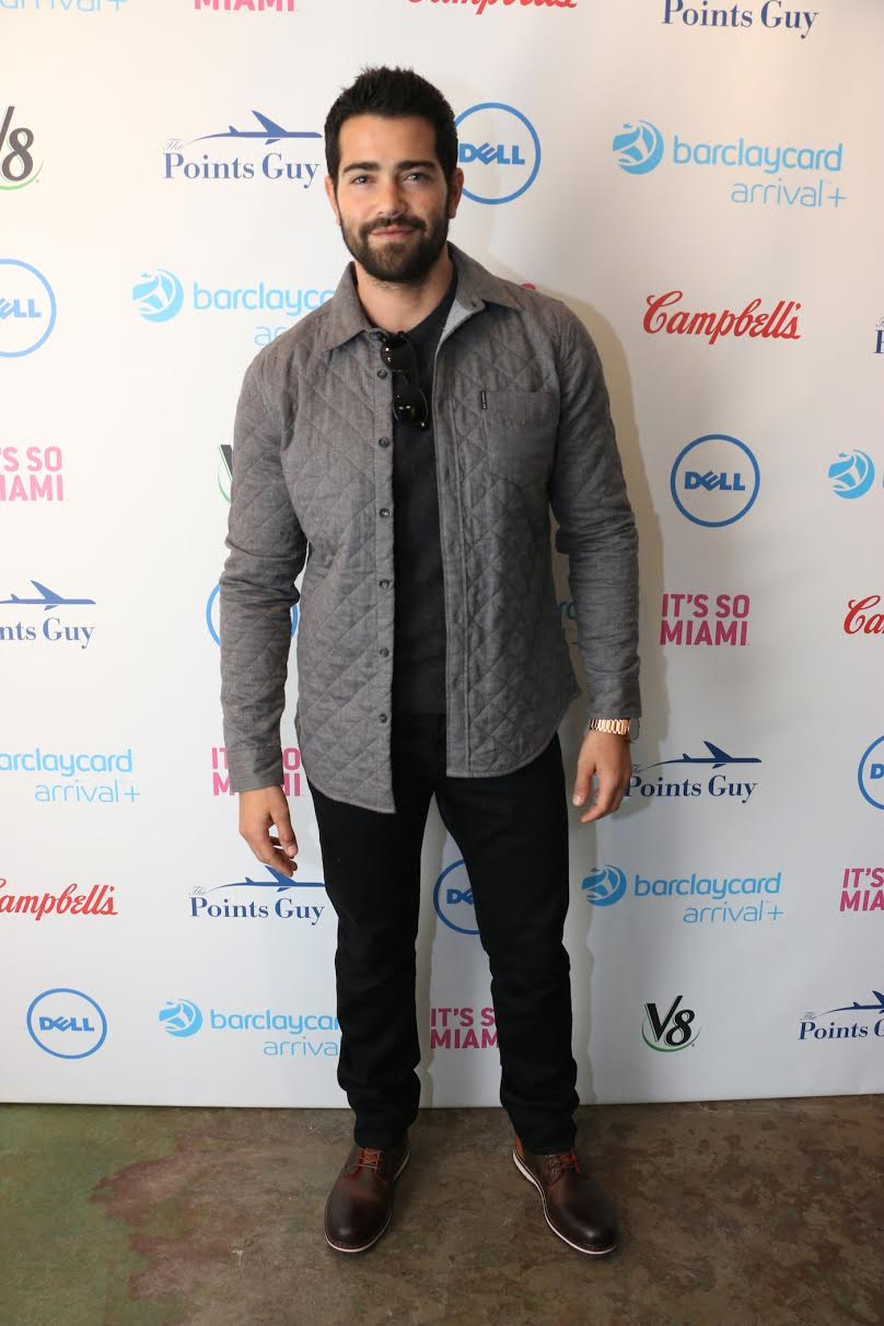 Jesse Metcalfe    spotted at Sundance looking stylish wearing a     Huawei Watch ,  Ben Sherman Quilted Shirt     and     BED|STU Sintra Boots  .