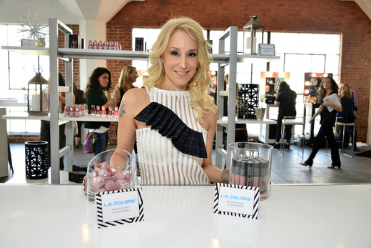 JES attends the Colgate Optic White Beauty Bar Day 1 at Hudson Loft. Photo Credit: Getty Images for BMF Media