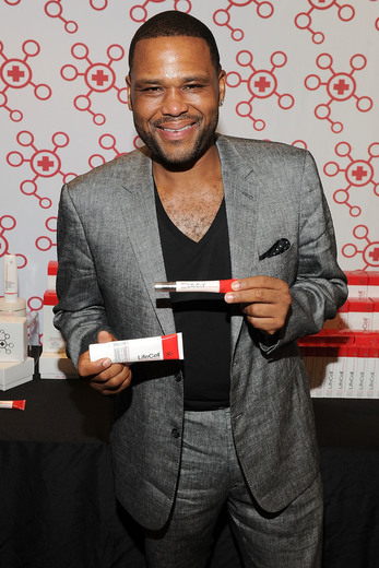 Anthony Anderson attends the GBK & LifeCell 2016 Pre Oscar Lounge at The London West Hollywood. Photo Credit: Jerod Harris
