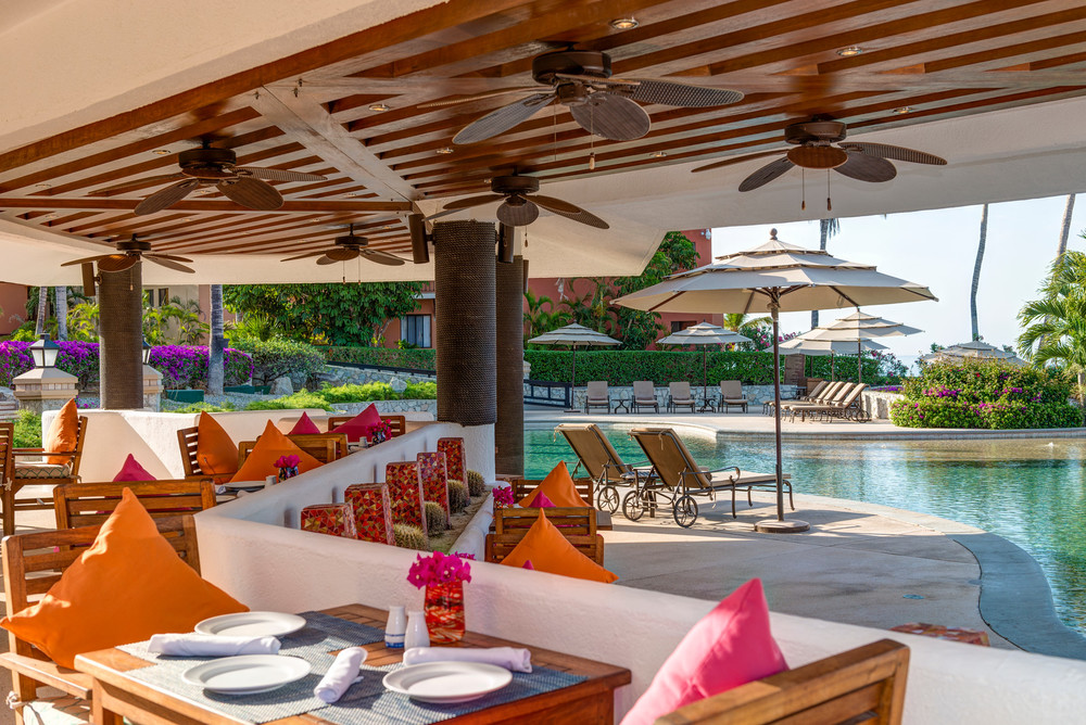 The Poolside Snack Bar. Photo Courtesy of Casa Del Mar
