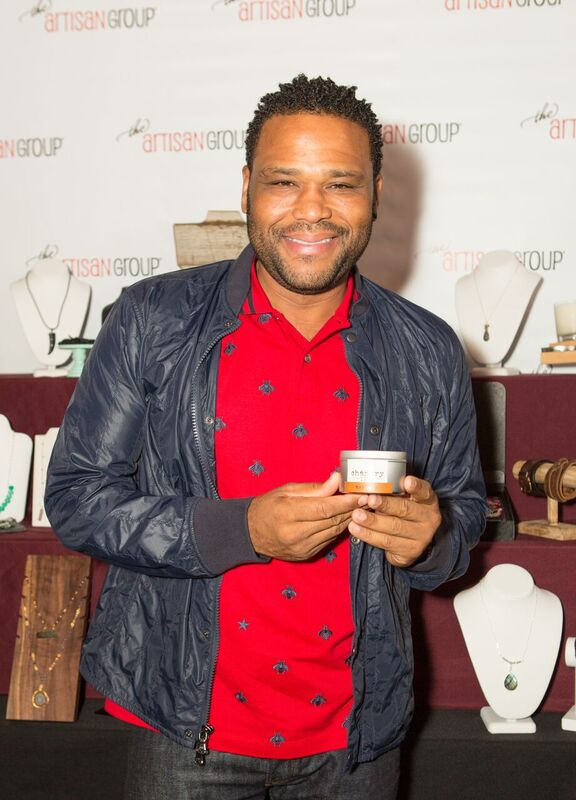 Anthony Anderson Made a Stop at the Chic Lounge! Courtesy Photo