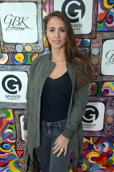Bachelorette Winner, Vanessa Grimaldi attends the GBK Pre-MTV gifting lounge with Grande Cosmetics