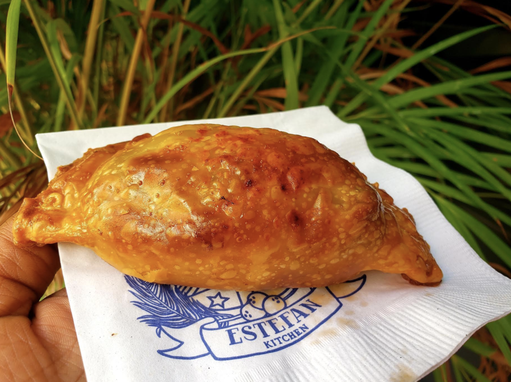 The picadillo empanada is worth a visit! Deliciouso!