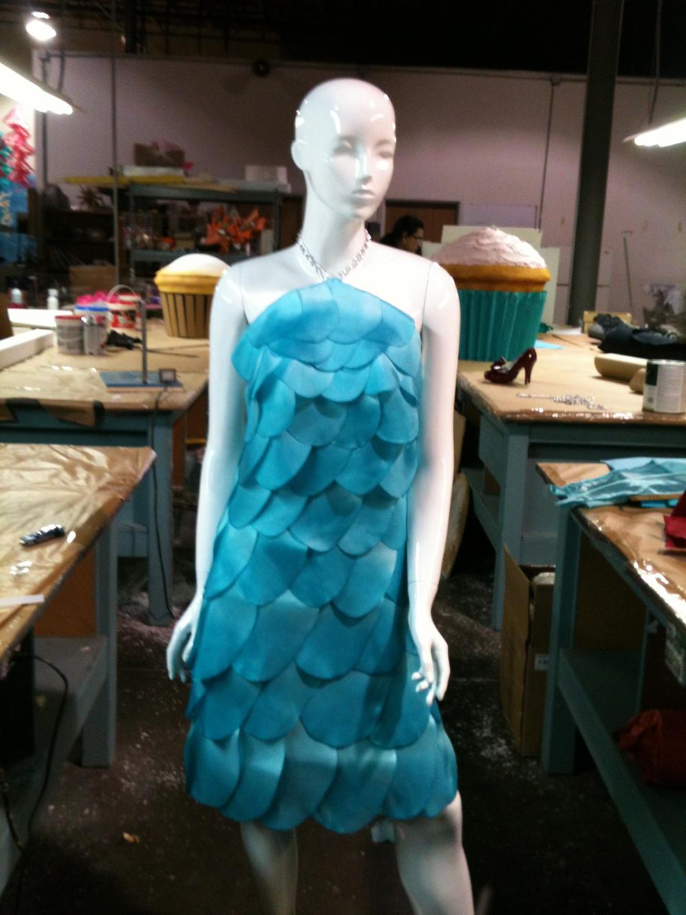 BLUE SHINGLE DRESS