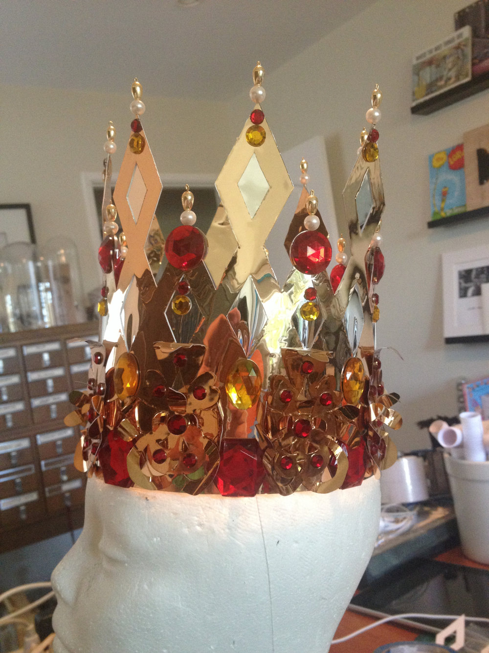 CROWN FOR A 5 YEAR OLD