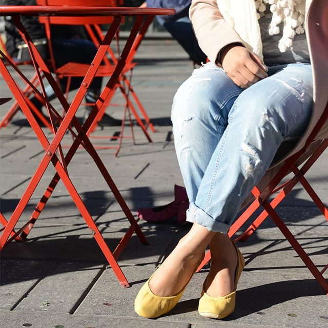 Is the weekend here yet?#tandncollection #nycstyle #lastyle #citygirl #citystyle #citylife #balletflats #shoes #monogram #monogrammed  #bostonblog #fashionblogger #miamiblog #shoesaddict #chicagoblogger #texasfashion #lablogger  #panhellenic #chestnut #balletflats #ballerina #miamiblogger #fblogger #yellow #londonfashion #fashionista  #mommytobe #fashion #dance #fashionblog #travelblogger
