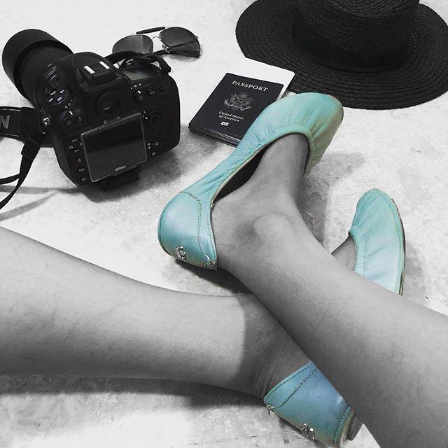 Happy weekend! #tandncollection #nycstyle #lastyle #citygirl #citystyle #citylife #balletflats #shoes #monogram #monogrammed  #bostonblog #fashionblogger #miamiblog #chicagostyle #chicagoblogger #texasfashion #lablogger  #panhellenic #christmas #balletflats #ballerina #miamiblogger #fblogger #silver #londonfashion #fashionista  #mommytobe #fashion #dance #fashionblog #travelblogger