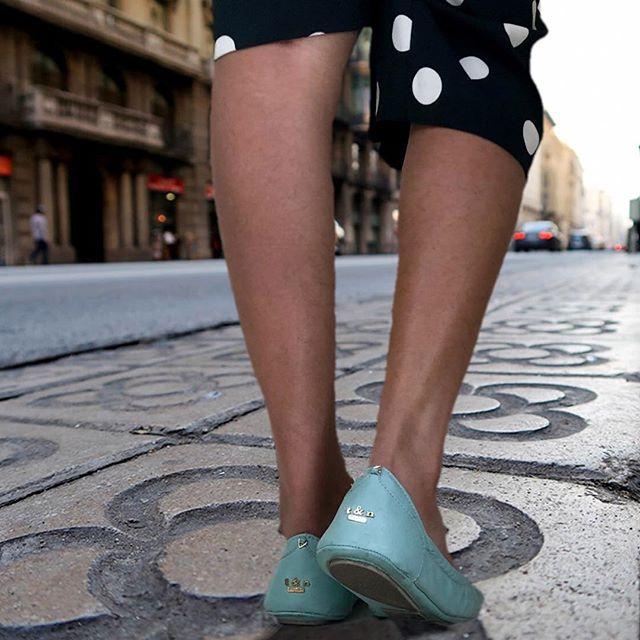Happy weekend ladies! #tandncollection #nycstyle #lastyle #citygirl #citystyle #citylife #balletflats #shoes #monogram #monogrammed  #bostonblog #fashionblogger #miamiblog #shoesaddict #chicagoblogger #texasfashion #lablogger  #panhellenic #instagood #balletflats #ballerina #miamiblogger #fblogger #blue #londonfashion #fashionista  #mommytobe #fashion #dance #fashionblog #travelblogger