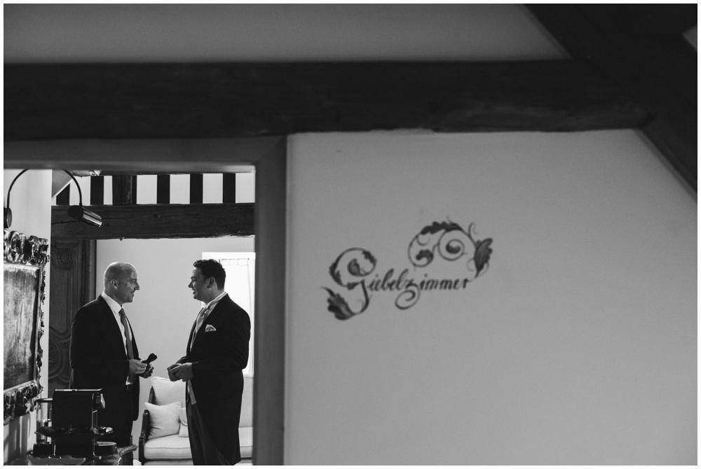 LE HAI LINH Photography-Hochzeitsfotograf-Hochzeitsreportage-in-Klostergut-Besselich-Koblenz_0014.jpg