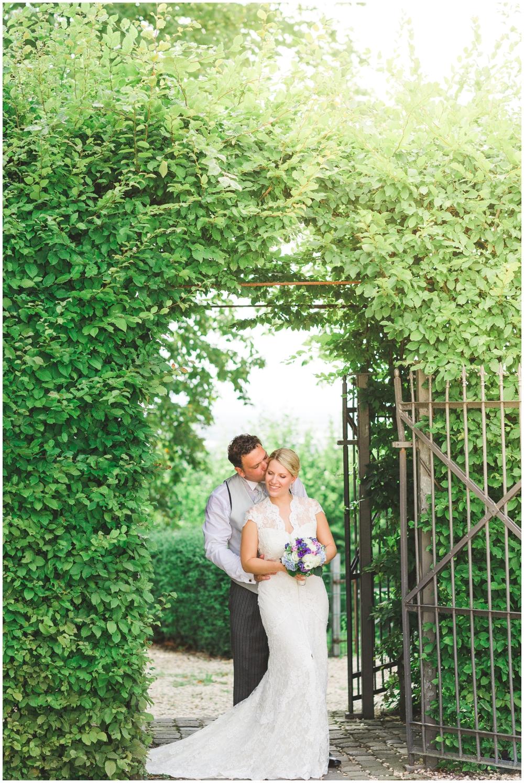 LE HAI LINH Photography-Hochzeitsfotograf-Hochzeitsreportage-in-Klostergut-Besselich-Koblenz_0058.jpg
