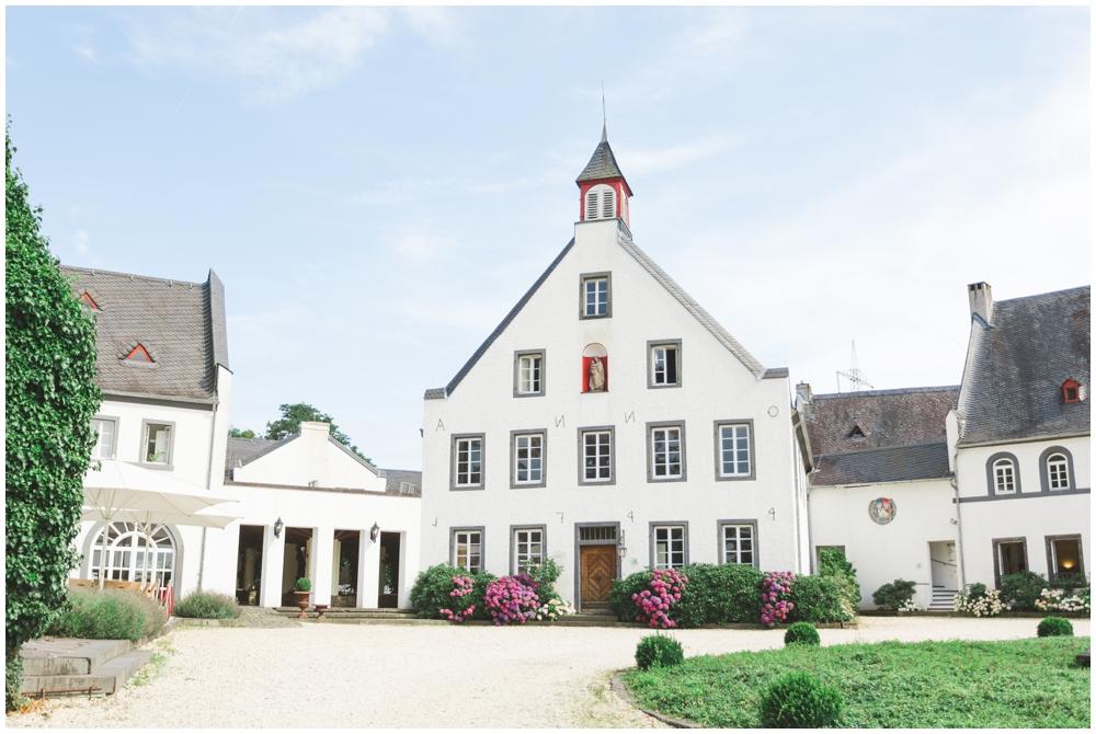 LE HAI LINH Photography-Hochzeitsfotograf-Hochzeitsreportage-in-Klostergut-Besselich-Koblenz_0070.jpg