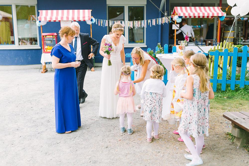 Hochzeitsfotograf Le Hai Linh Koeln Duesseldorf Bonn Zirkushochzeit Vintagehochzeit Sommerhochzeit 048.jpg